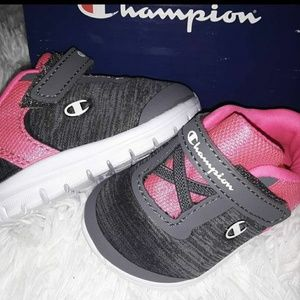 Infant Girls Champion Gray & Pink Walker Shoes 2W